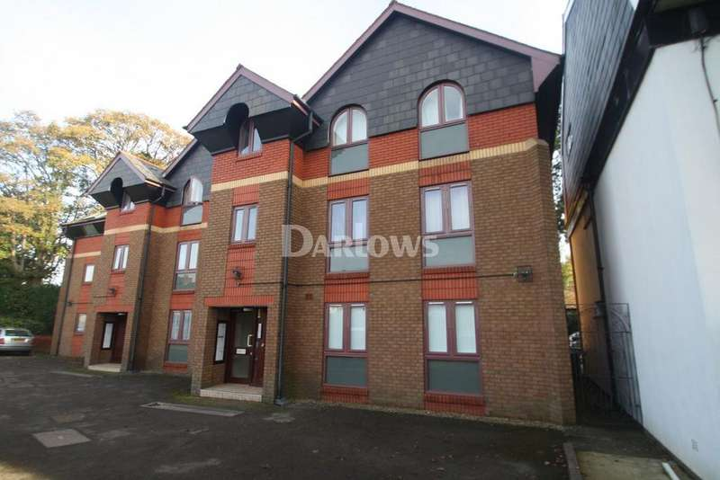 2 Bedrooms Flat for sale in Glandwr Place,Whitchurch,Cardiff