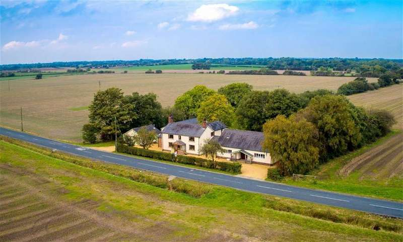 4 Bedrooms Farm House Character Property for sale in Cocker Bar Road, Bretherton, PR26