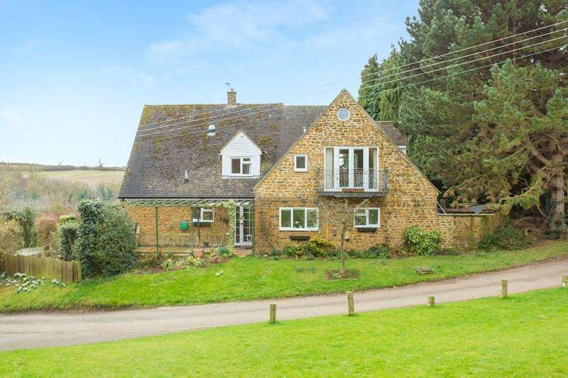 5 Bedrooms Detached House for sale in Church Lane, Mollington, Banbury