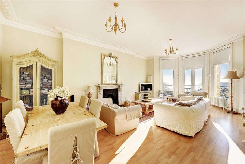 2 Bedrooms Flat for sale in Kings Gardens, Hove