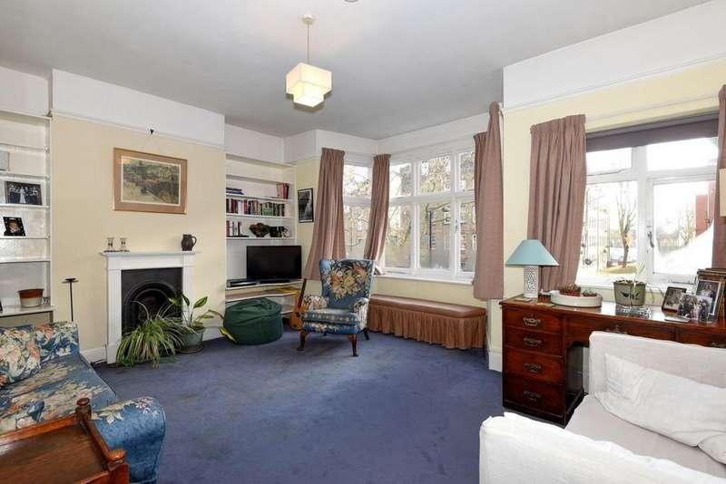 2 Bedrooms Flat for sale in Doddington Grove, Kennington, SE17