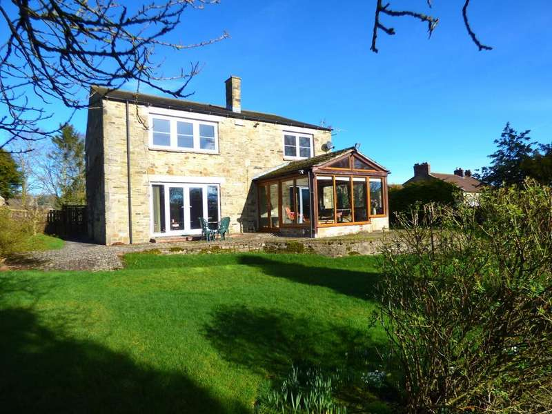 5 Bedrooms Detached House for sale in Barn Garth, Church Street, Bellerby