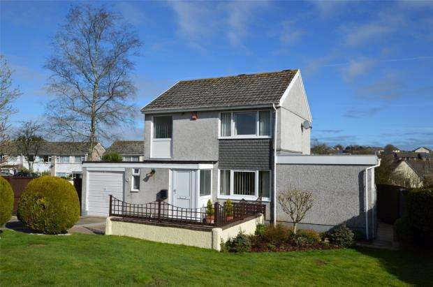 3 Bedrooms Detached House for sale in Hanson Road, Liskeard, Cornwall