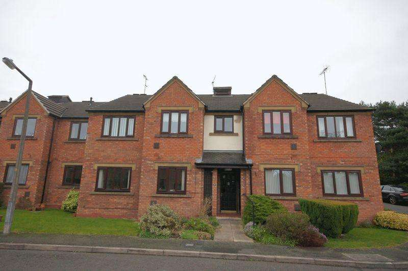 2 Bedrooms Retirement Property for sale in Smallwood Mews, Heswall