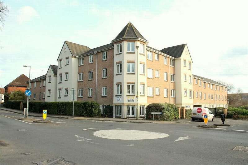 1 Bedroom Flat for sale in Farnborough, Hampshire