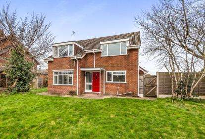 3 Bedrooms Detached House for sale in The Glade, Stafford