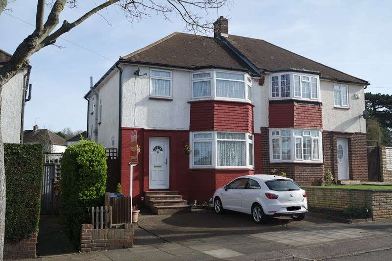 3 Bedrooms Semi Detached House for sale in Linthorpe Road, Cockfosters