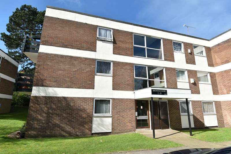 1 Bedroom Ground Flat for sale in Wake Green Park, Moseley