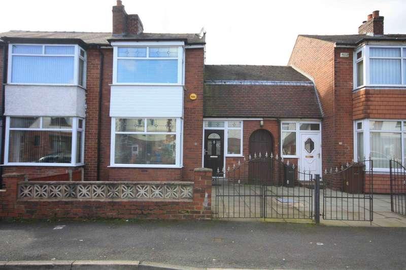 2 Bedrooms Terraced House for sale in Highfield Road, Prestwich