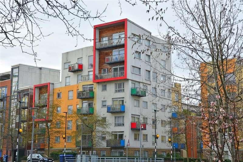 1 Bedroom Flat for sale in Becquerel Court, West Parkside, Greenwich, London, SE10