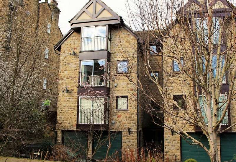 2 Bedrooms Apartment Flat for sale in Parish Ghyll Road, Ilkley