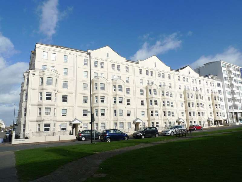 2 Bedrooms Flat for sale in Berkeley Court, Wilmington Square, Eastbourne, BN21