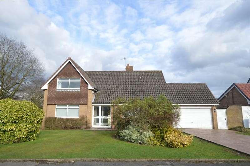 4 Bedrooms Detached House for sale in Beechways, Appleton, Warrington