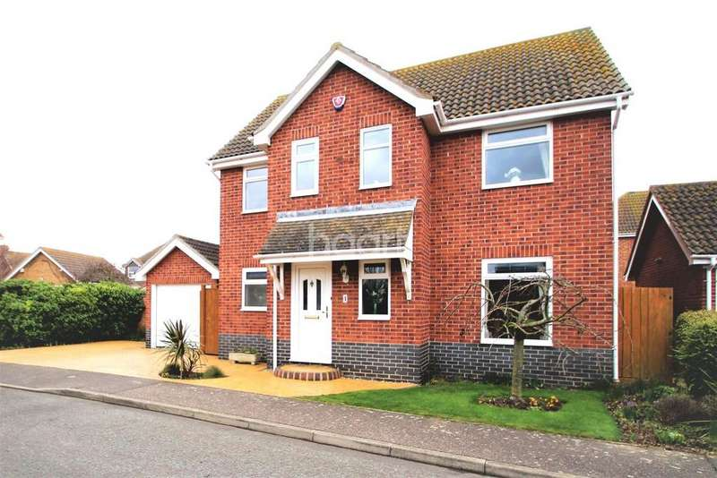 4 Bedrooms Detached House for sale in Penzance Close, Clacton-on-Sea