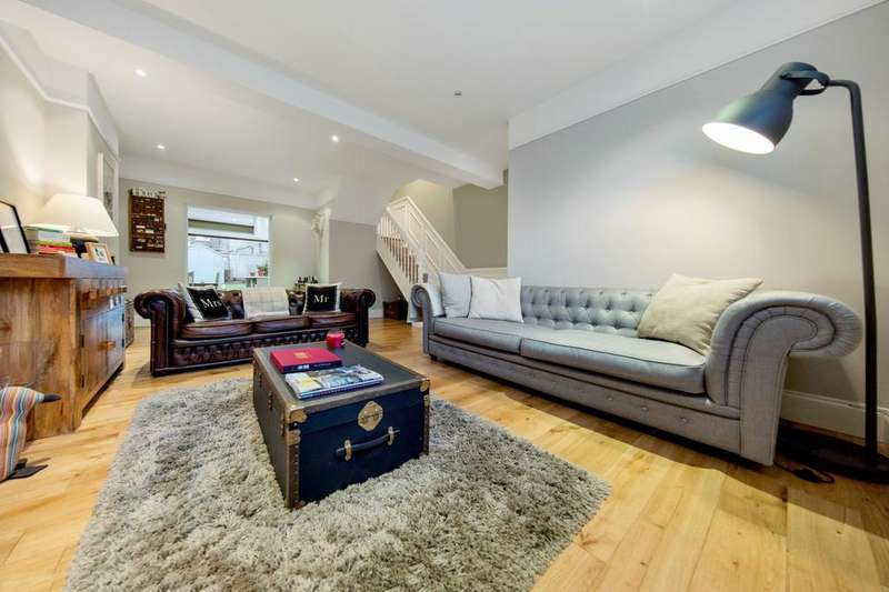 2 Bedrooms Terraced House for sale in Eardley Road, SW16