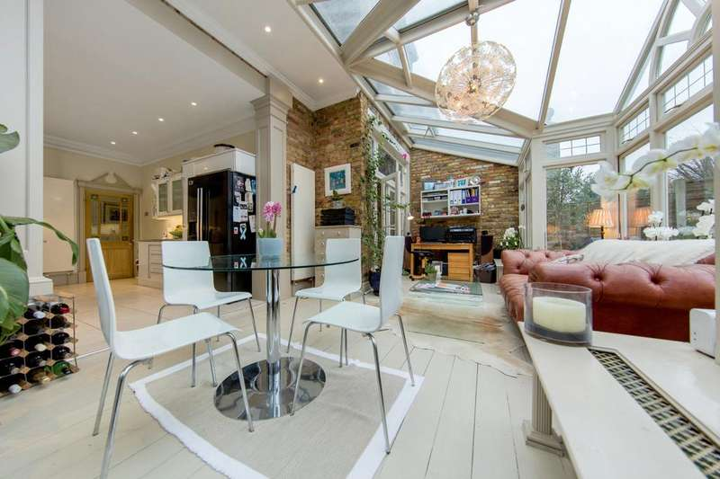 4 Bedrooms Semi Detached House for sale in Hilldown Road, SW16