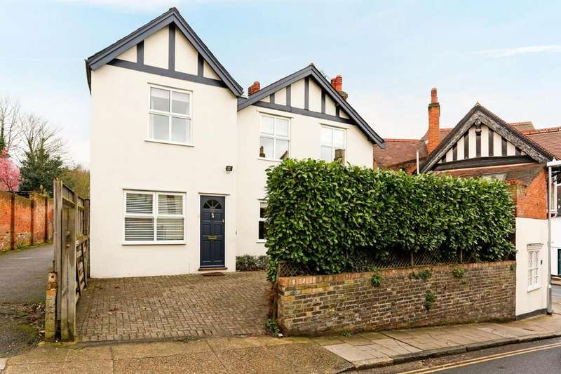 4 Bedrooms Detached House for sale in West Stockwell Street, Colchester, Essex, CO1