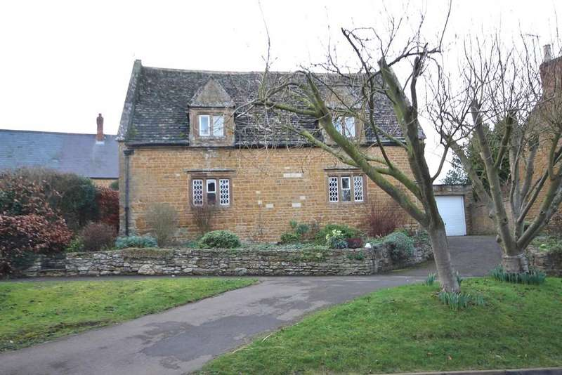 2 Bedrooms Detached House for sale in Main Street, Preston, Oakham