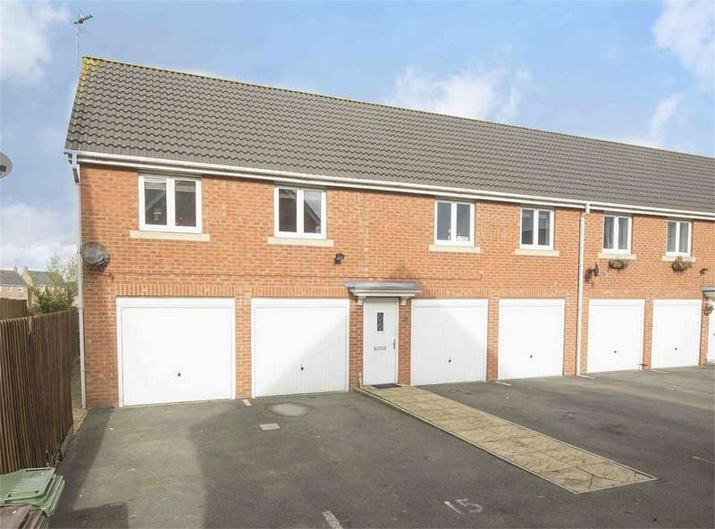 2 Bedrooms Semi Detached House for sale in Robin Road, Corby, Northamptonshire