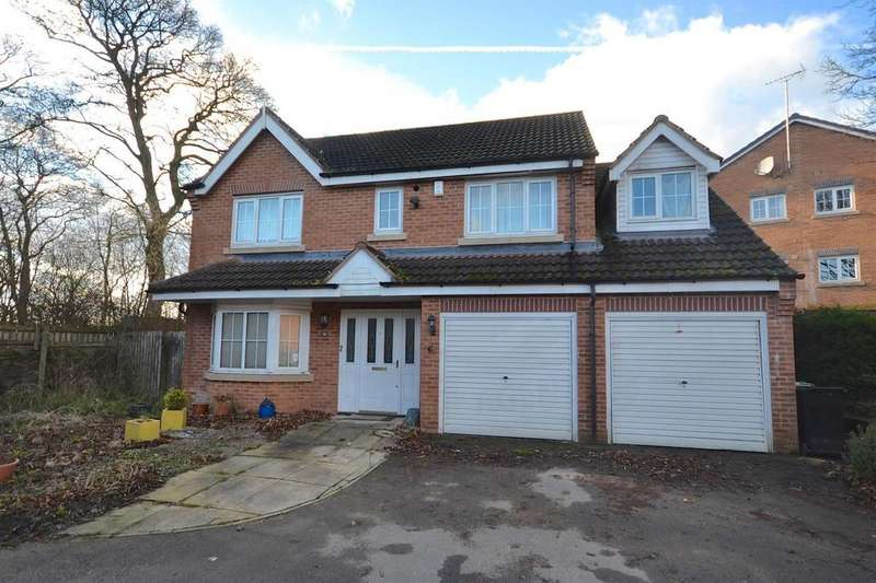 5 Bedrooms House for rent in Pennyfield Close, Leeds