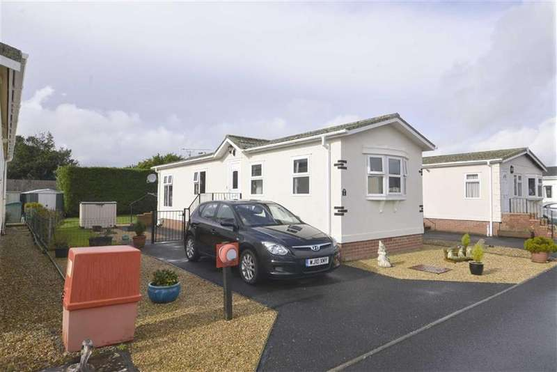 2 Bedrooms Bungalow for sale in 6, Shillingford Park, Kilgetty, Pembrokeshire, SA68