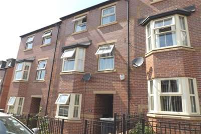 4 Bedrooms House for rent in Clay Pit Way, Sheffield, S9