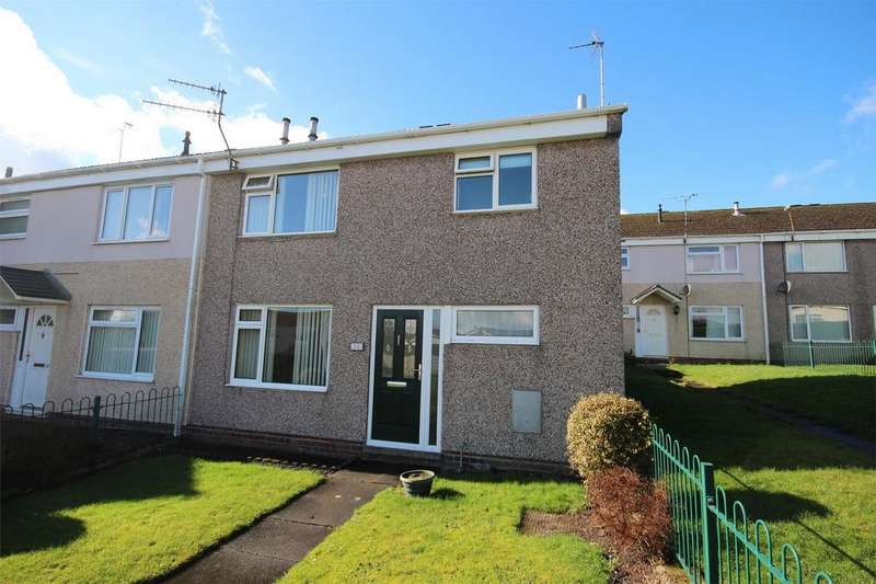 3 Bedrooms Semi Detached House for sale in Dovedale Close, Cheadle, Staffordshire