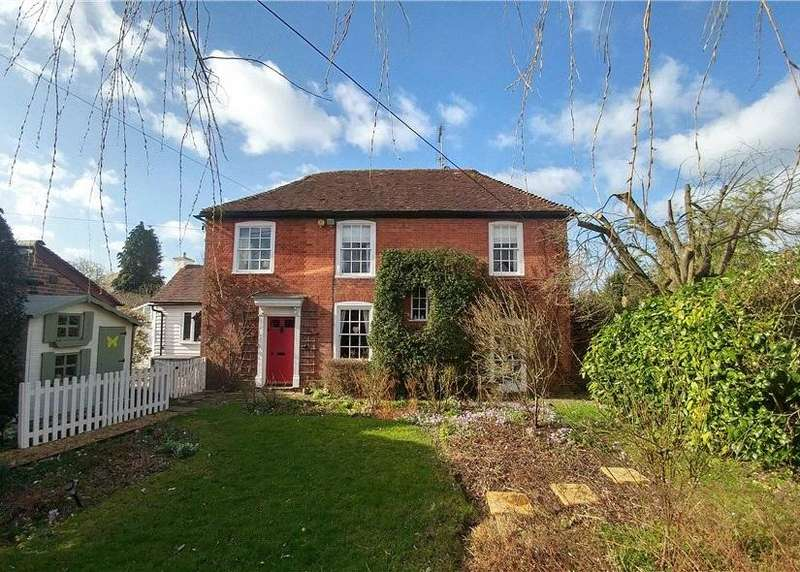 3 Bedrooms House for sale in Old Post Office Cottages, Wickhurst Lane, Broadbridge Heath, Horsham, RH12