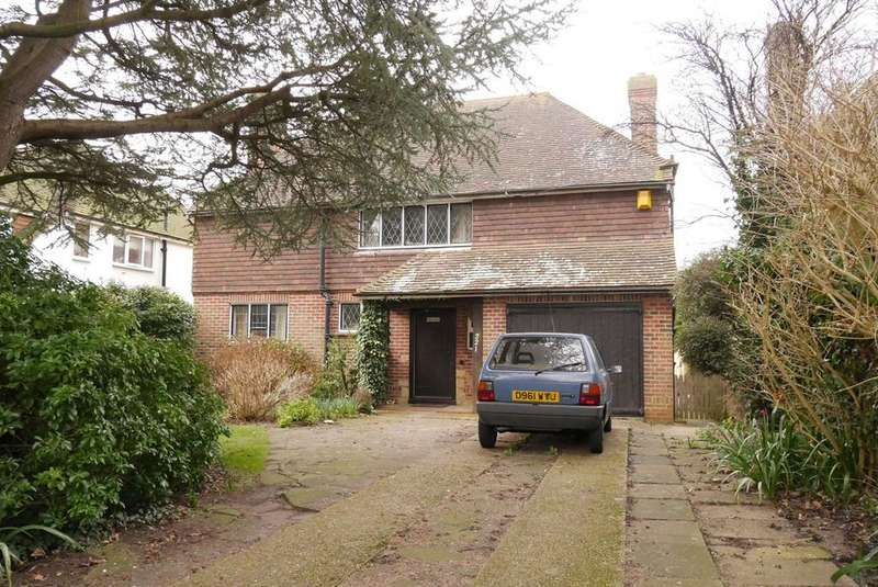 4 Bedrooms Detached House for sale in Willingdon Road, Eastbourne, BN20
