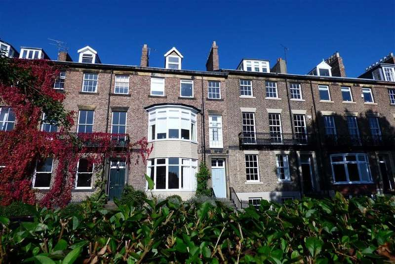 2 Bedrooms Flat for sale in Bath Terrace, Tynemouth
