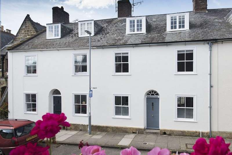 5 Bedrooms Terraced House for sale in Long Street, Sherborne