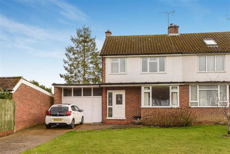 3 Bedrooms Semi Detached House for sale in Elgar Avenue, Crowthorne
