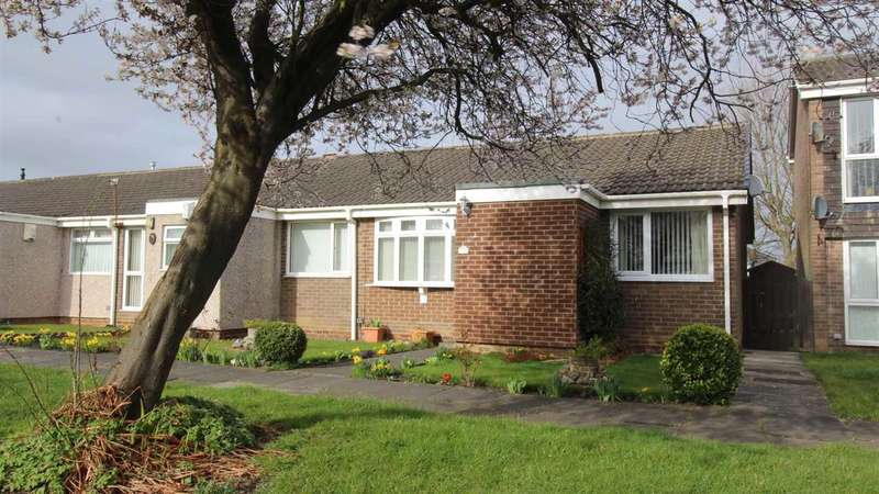 2 Bedrooms Bungalow for sale in Windermere Close, Southfield Lea, Cramlington