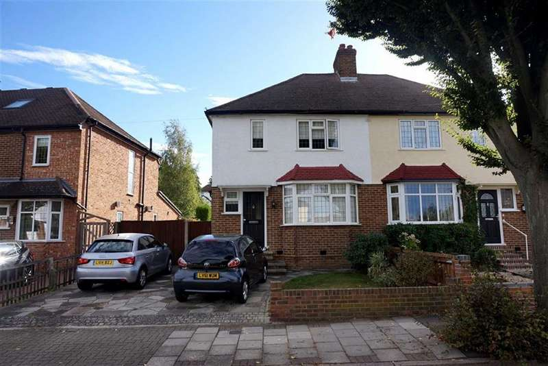3 Bedrooms Property for sale in Kechill Gardens, Hayes, Bromley