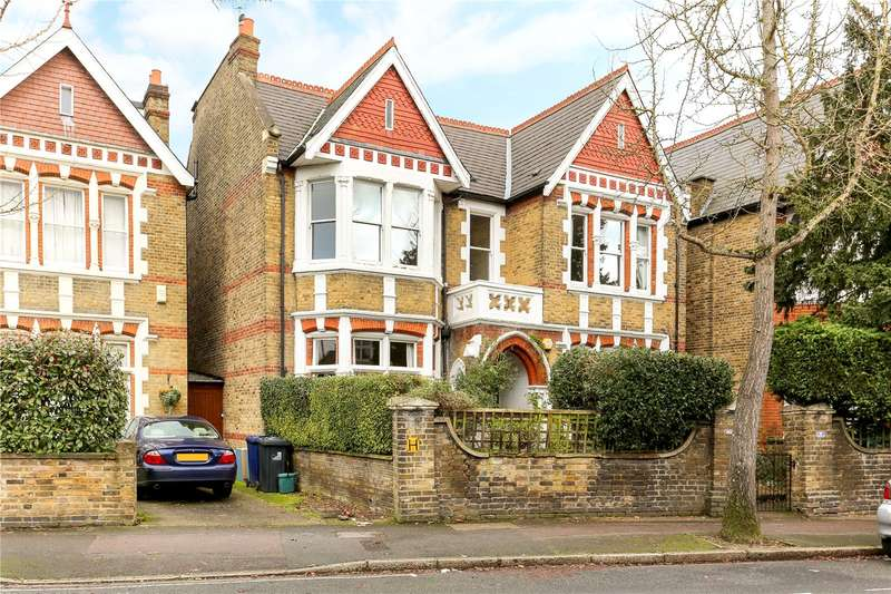 4 Bedrooms Flat for sale in Gordon Road, Ealing, W13