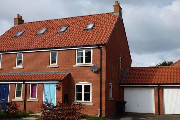 4 Bedrooms End Of Terrace House for sale in Riverhead, Louth, LN11
