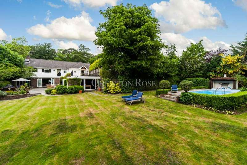 5 Bedrooms Detached House for sale in London Road, Windlesham