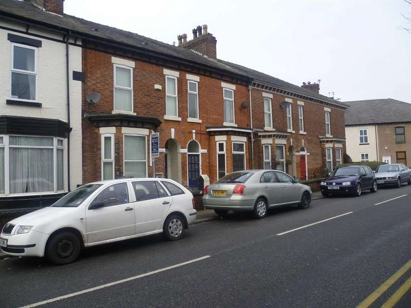 2 Bedrooms Flat for sale in Claremont Road, Salford