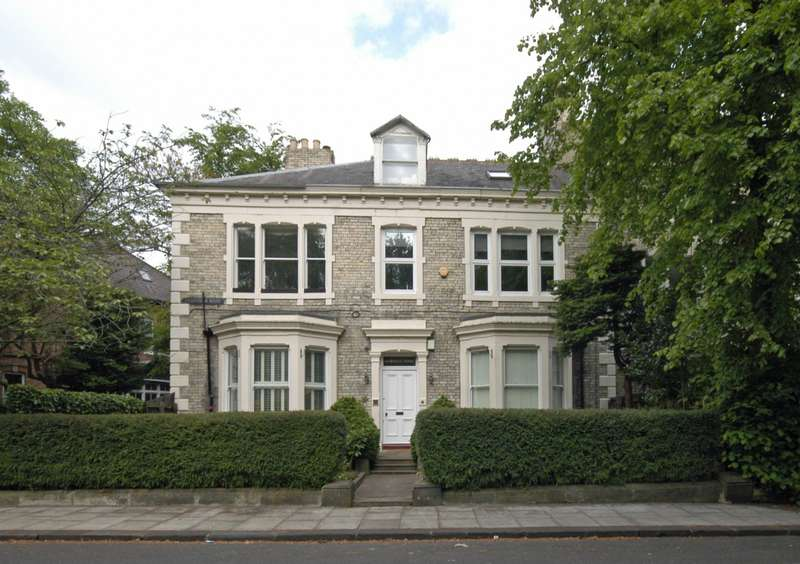 3 Bedrooms Maisonette Flat for sale in Granville Road, Jesmond, Newcastle Upon Tyne