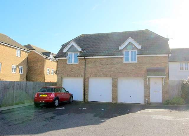 2 Bedrooms House for sale in West View Close, BN10