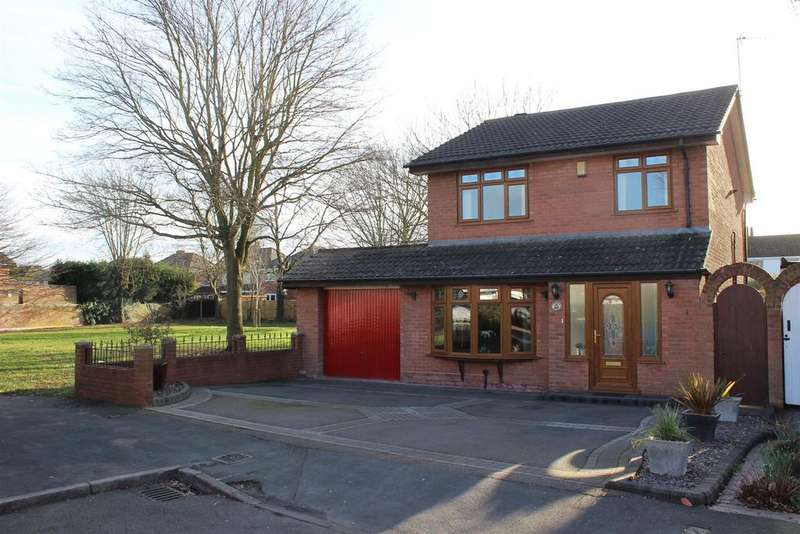 3 Bedrooms Detached House for sale in Birch Close, Kingsbury, Tamworth