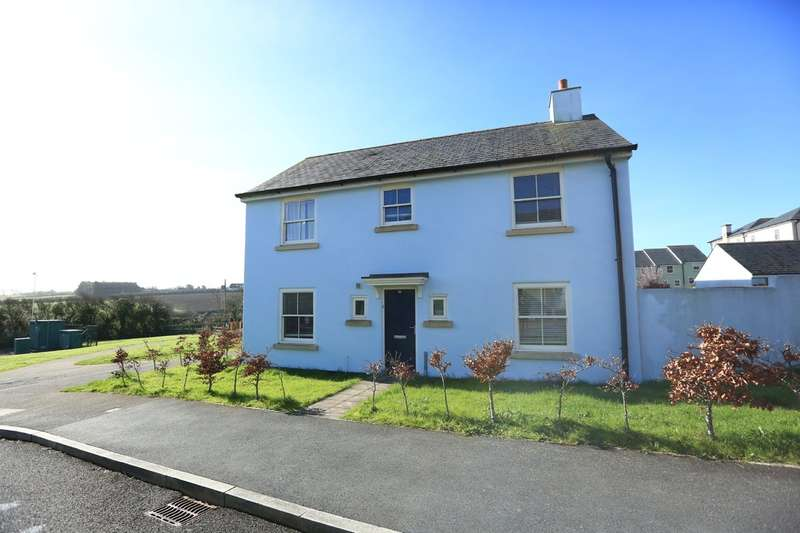 4 Bedrooms Semi Detached House for sale in Staddiscombe, Plymouth