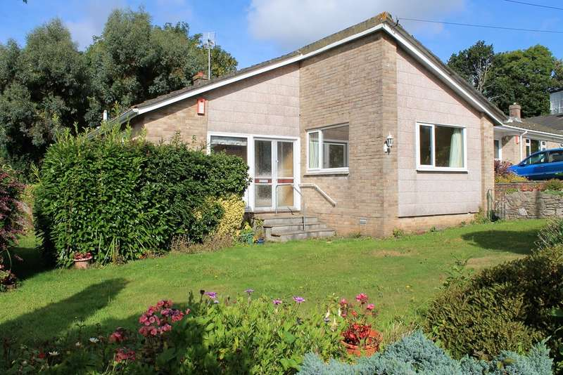 2 Bedrooms Detached Bungalow for sale in The Crescent, Brixton, Plymouth, Devon