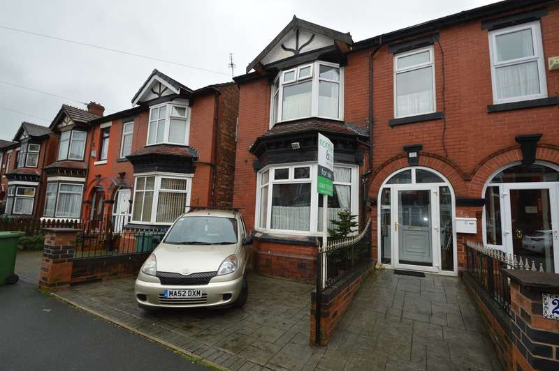 4 Bedrooms Semi Detached House for sale in Richmond Avenue, Prestwich, Manchester, M25
