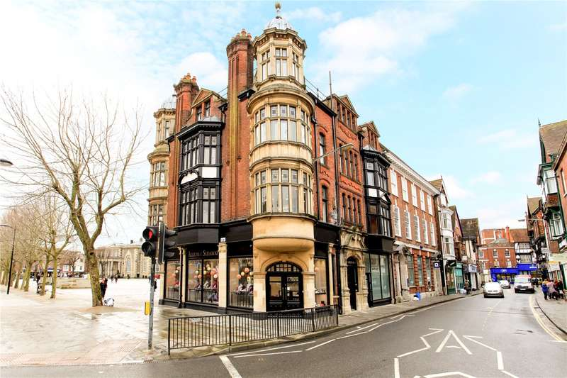 2 Bedrooms Flat for sale in Minster Street, Salisbury, Wiltshire, SP1