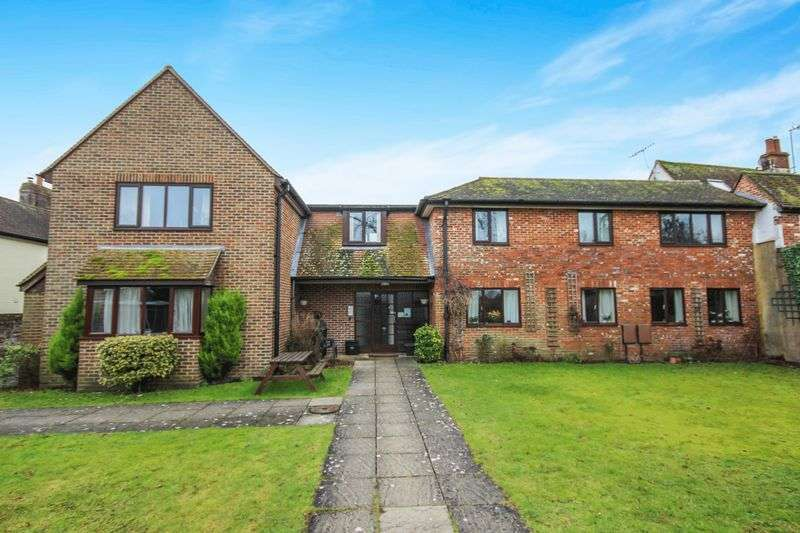 1 Bedroom Flat for sale in THE BOROUGH, DOWNTON, SP5