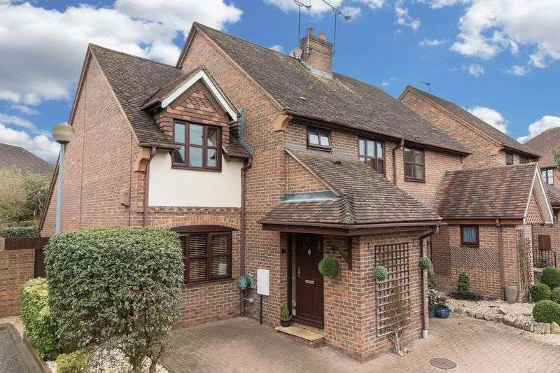 3 Bedrooms House for sale in Elrington Road, Woodford Green