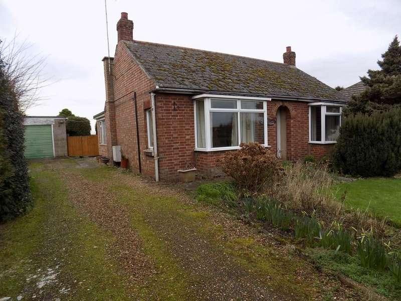 2 Bedrooms Detached Bungalow for sale in Weasenham Lane, Wisbech