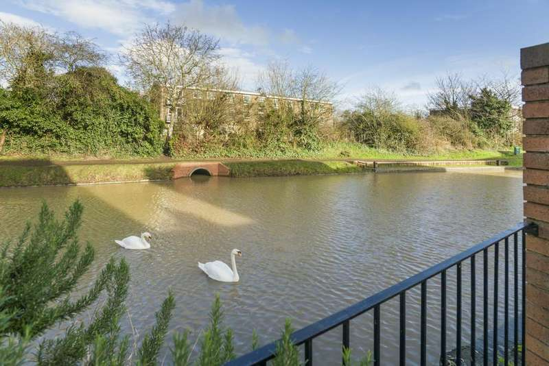3 Bedrooms End Of Terrace House for sale in Lock Close, Stratford-Upon-Avon