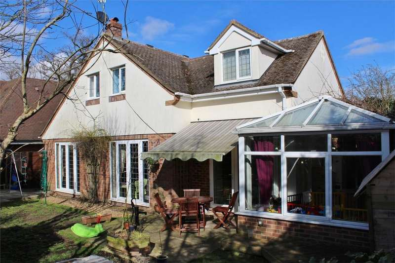 4 Bedrooms Detached House for sale in Blackhorse Lane, Hitchin, Hertfordshire